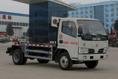 东风多利卡车厢可卸式垃圾车